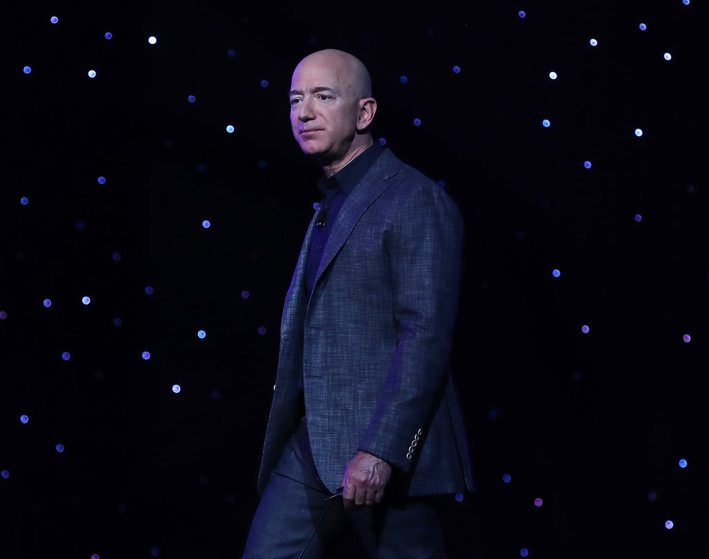 Jeff Bezos received a text message from Saudi Arabia's Crown Prince Mohammed bin Salman loaded with digital spyware, United Nations experts said.